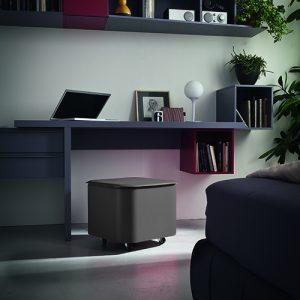 PUFFO: contenitore in cuoio colore Antracite, con coperchio, ruote gommate, portaoggetti multiuso, salva spazio, struttura in multistrato rivestito in cuoio, Made in Italy by Limac Design®.