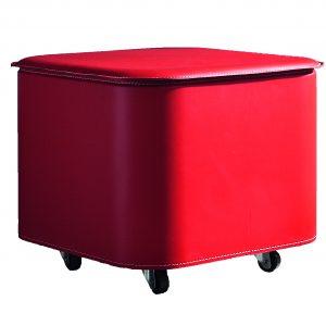 PUFFO: contenitore in cuoio colore Rosso, con coperchio, ruote gommate, portaoggetti multiuso, salva spazio, struttura in multistrato rivestito in cuoio, Made in Italy by Limac Design®.
