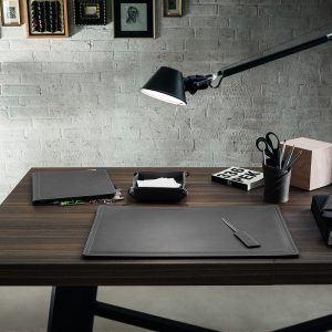 DONIO: Set 2 pezzi da scrivania in cuoio colore Antracite, portapenne e portaoggetti, organizer ufficio, hotel, Made in Italy by Limac Design®.