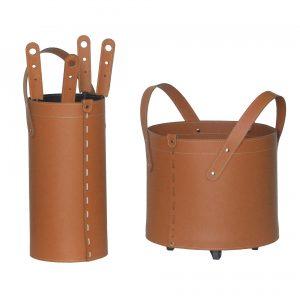 TOCAD: set da camino in cuoio colore Marrone composto da portalegna, borsa porta-ferri e attrezzi da camino, idea regalo, cesta per legna, Made in Italy, design Firestyle®.