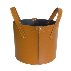 GARDA: portalegna in cuoio colore Marrone, contenitore per camino, borsa porta legna, per la casa, Ufficio, Hotel, design Firestyle®, Made in Italy.