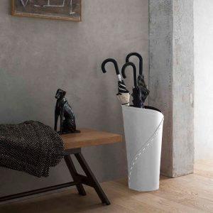 KATRINA: porta-ombrelli in cuoio Bianco, portaombrelli di design con vaschetta raccogligocce, portaombrello made in Italy Limac Design®.