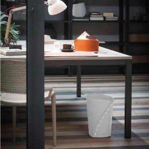 SERVUS: cestino gettacarte in cuoio colore Bianco, gettacarte di design, per casa e ufficio by Limac Design®.