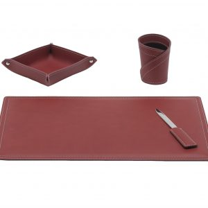 ASCANIO 4: Set di accessori da scrivania in cuoio colore Bordeaux, set ufficio, sottomano da scrivania, portaoggetti, portapenne, antiscivolo, Made in Italy by Limac Design®.