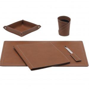 ASCANIO 5: Set di accessori da scrivania in cuoio colore Marrone, set ufficio, sottomano da scrivania, portaoggetti, portapenne, antiscivolo, Made in Italy by Limac Design®.