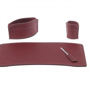 BRANDO 4: Set di accessori da scrivania in cuoio colore Bordeaux, set ufficio, sottomano da scrivania, portaoggetti, portapenne, antiscivolo, Made in Italy by Limac Design®.