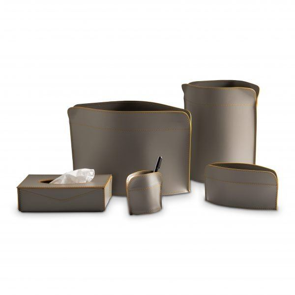 Home Office desk set in leather GIACOMO